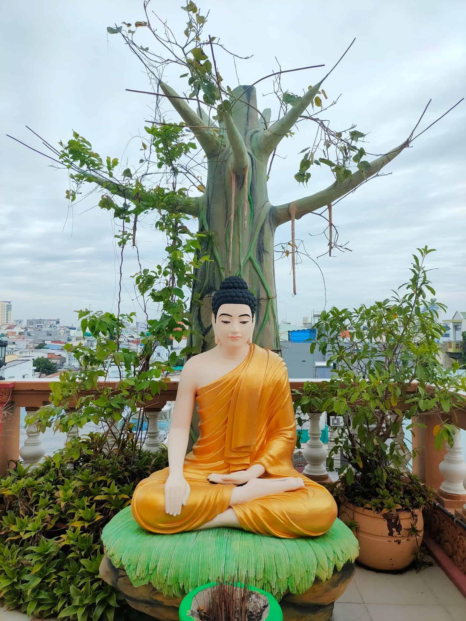 Pitu Khosa Rangsay Pagoda Get to