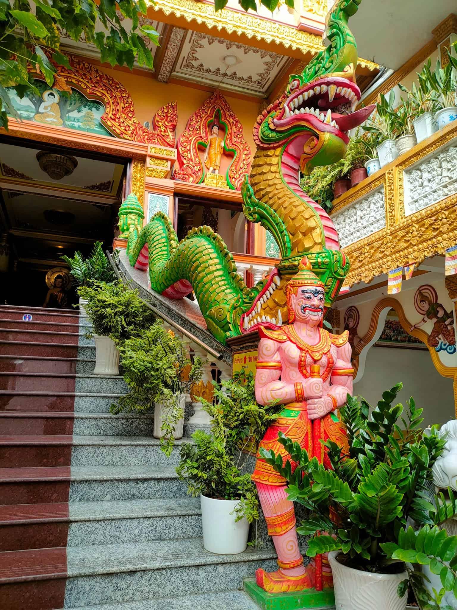 Pitu Khosa Rangsay Pagoda Stairs