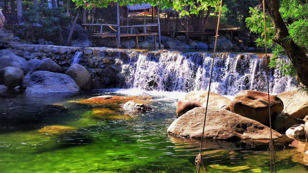Best time to visit Luong Duong springs