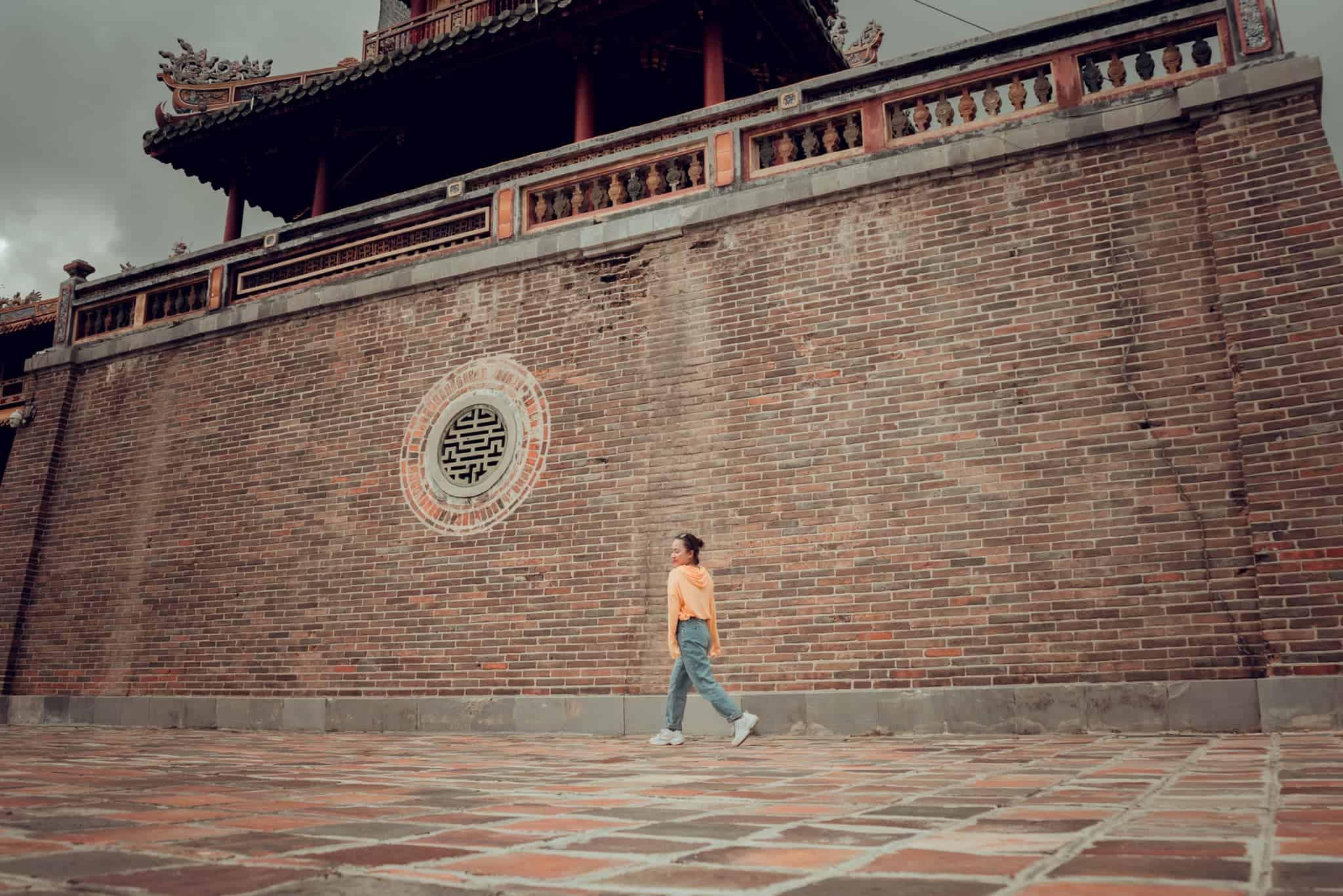 Highlights of Ngo Mon Gate (Phuong Nhi)