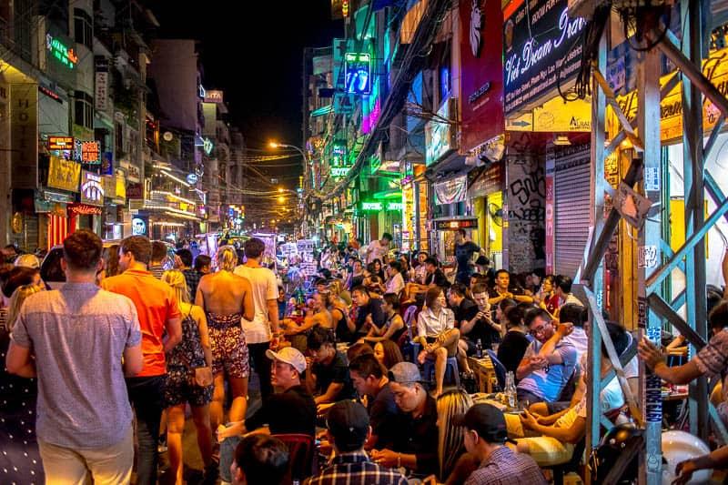 Is Bui Vien street safe