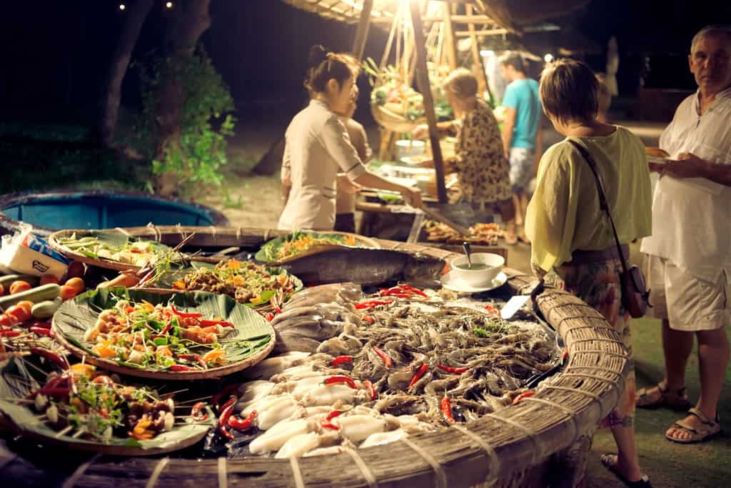 What to eat in Mong Tay island