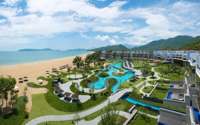 lang-co-beach-resort