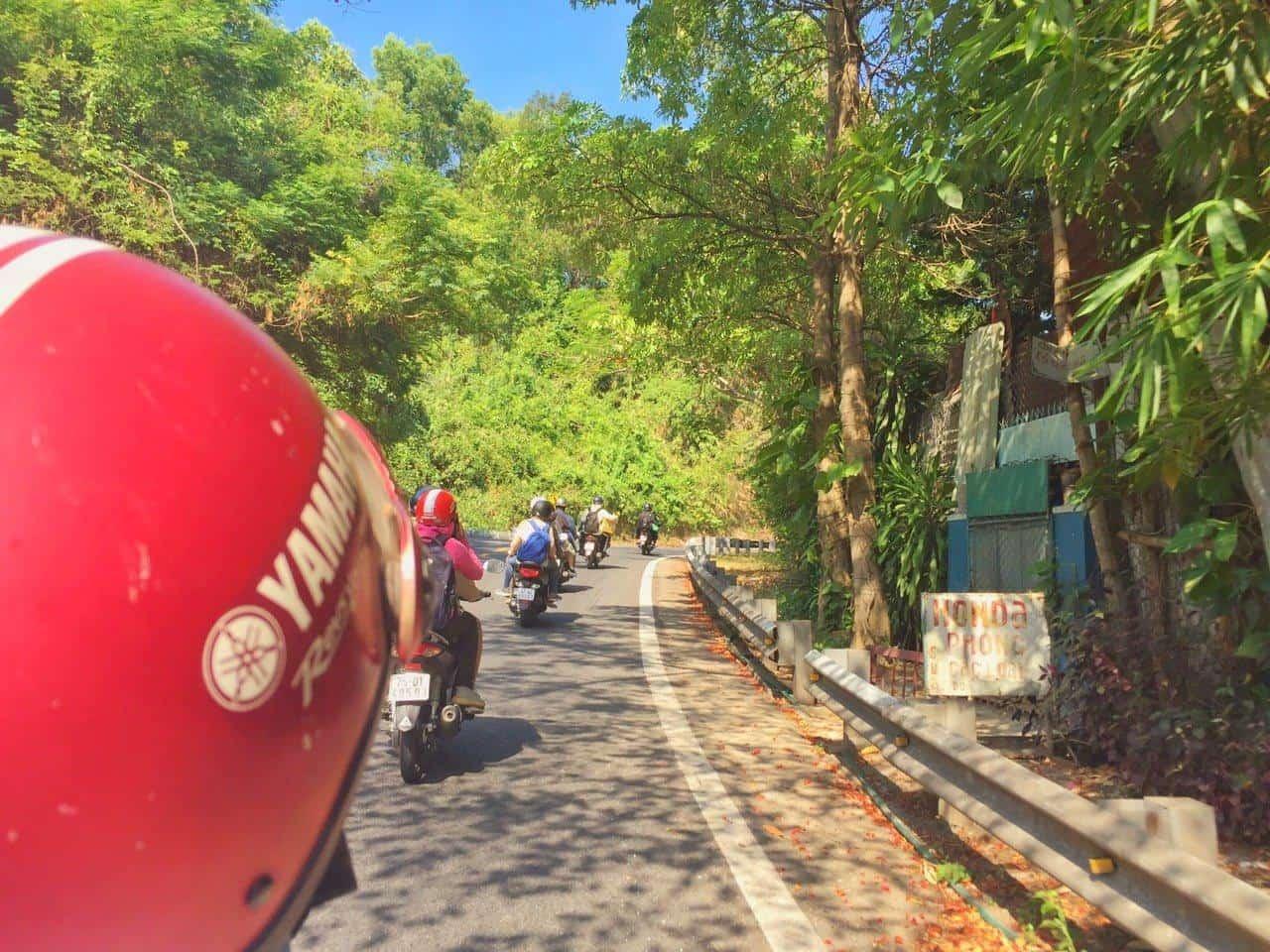 road to Van Village