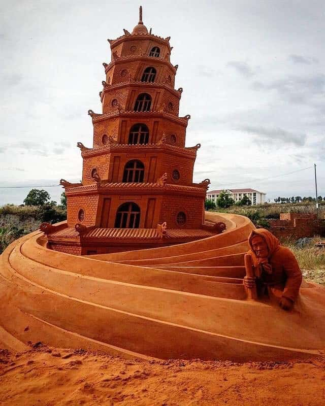 works in Sand Sculpture Park in Phan Thiet