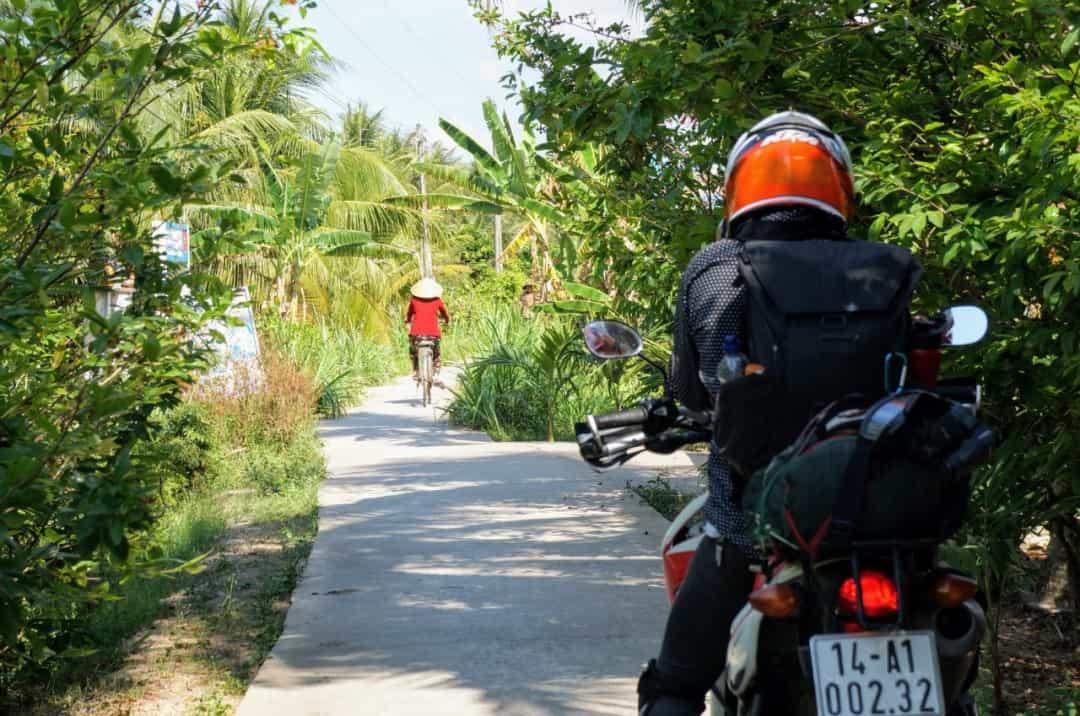 Get around Mekong Delta by motorbike