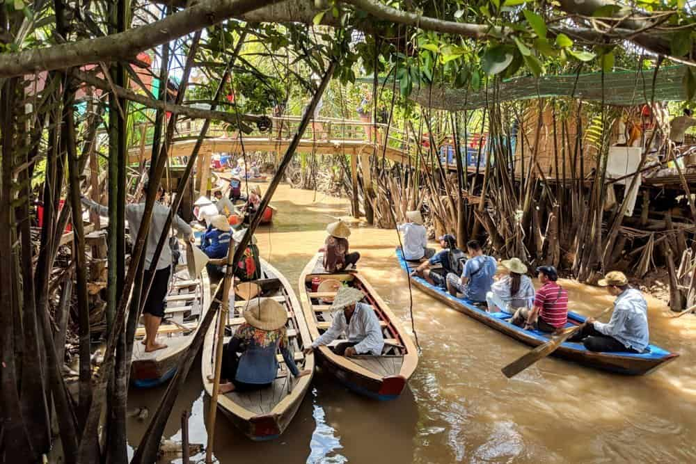 Get to Mekong delta on Mekong delta tour