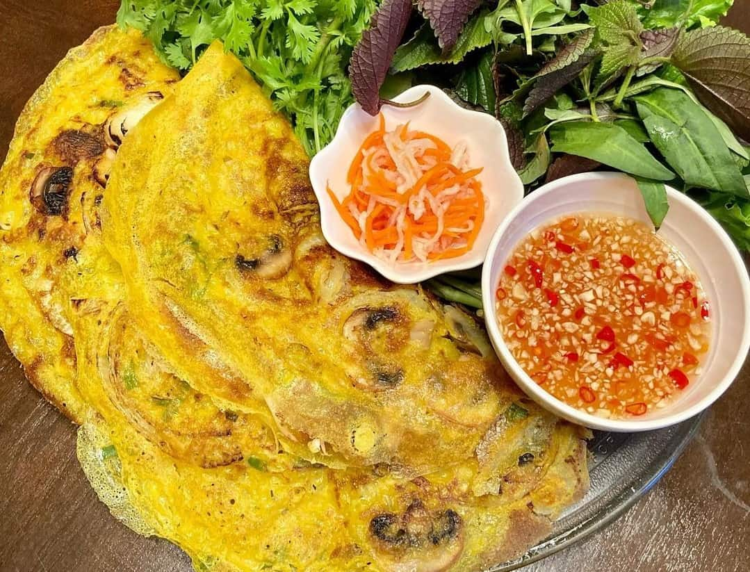 Banh xeo - best dishes in Mekong Delta
